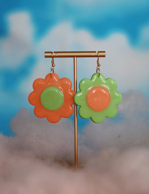 Peach & Mint Mix & March Daisy Dangles