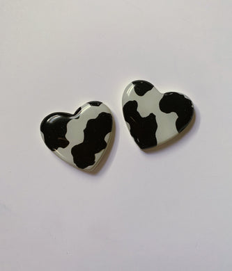 XL Cow Heart Studs
