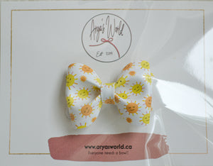 Small Sunshine Audrey Bow