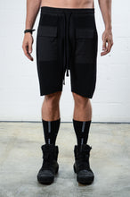 Load image into Gallery viewer, Thom Krom MST188 Pocket Shorts Black