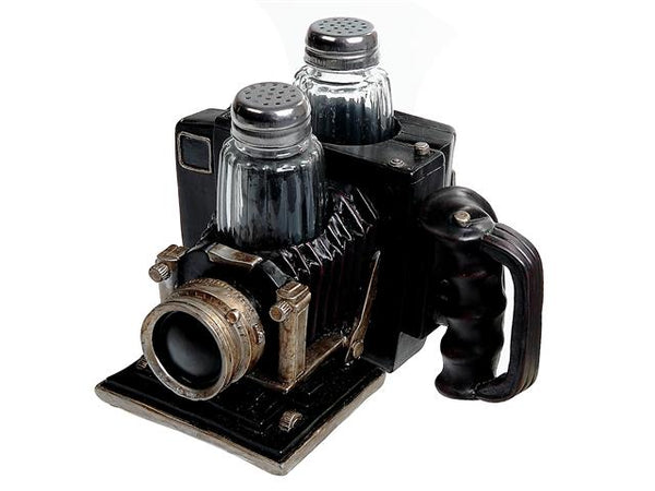 Salt & Pepper Shaker Vintage Polyresin Camera