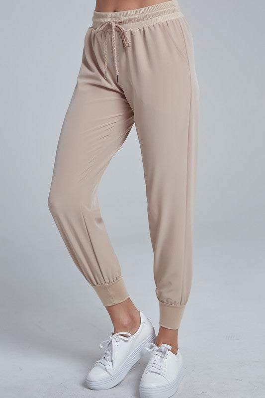 ON THE RUN PANT