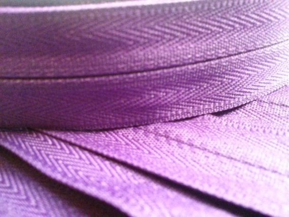 Purple Invisible Zippers 13 Inches Color 526 - ZipUpZipper