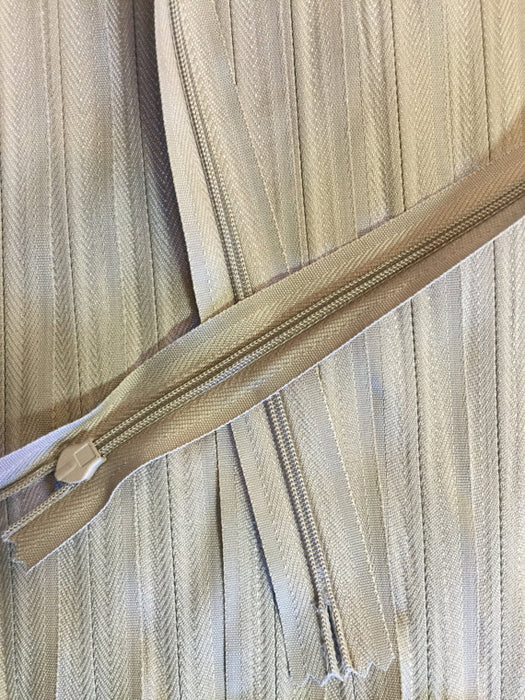 Tan Invisible Zippers 22 Inches Color 896 - ZipUpZipper