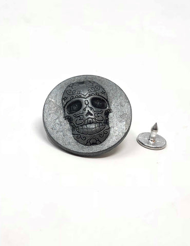 Designed Skull Tack Button 1 inch Wide - ZipUpZipper