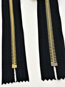 Black Glossy Pocket Zipper Brass Teeth 5MM or 8MM in 7 inches Closed Non Separating