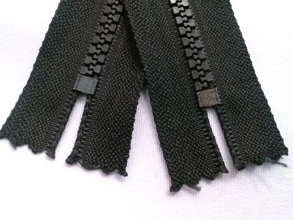 Black Molded Plastic Zippers 10 Inches 5MM Closed Bottom - ZipUpZipper