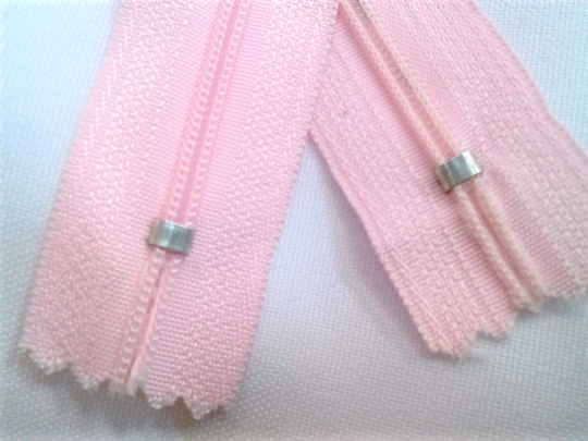 Light Pink #512 Generic Nylon Zippers 12-22 Inches #3 Coil Closed Bottom - ZipUpZipper