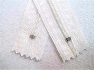 White #501 Generic Nylon Zippers 12-22 Inches #3 Coil Closed Bottom