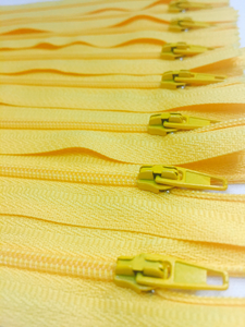 Yellow #504 Generic Nylon Zippers 12-22 Inches #3 Coil Closed Bottom