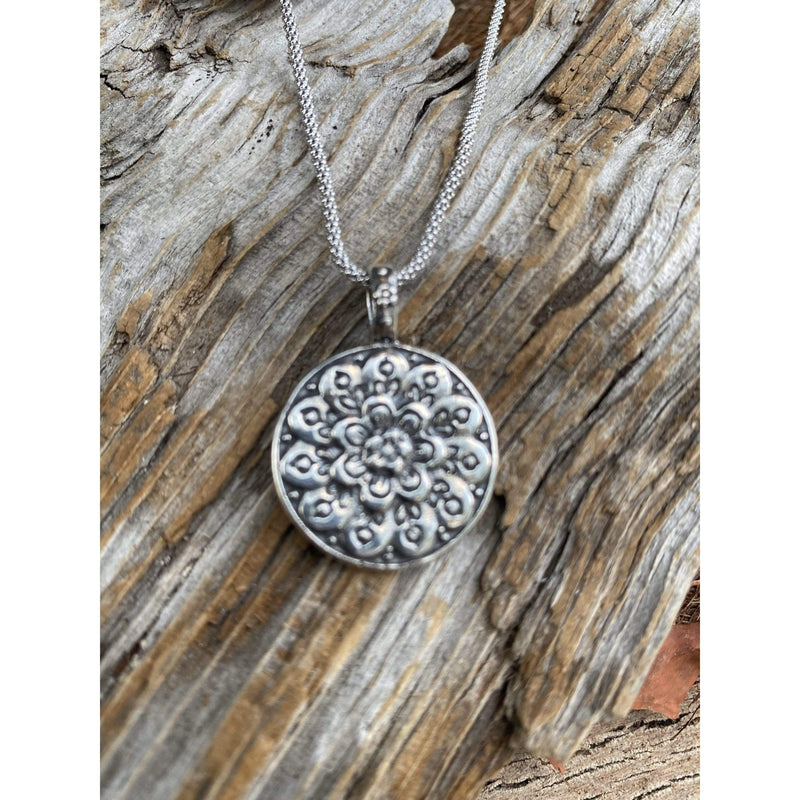 N0313 - Flower Power Necklace