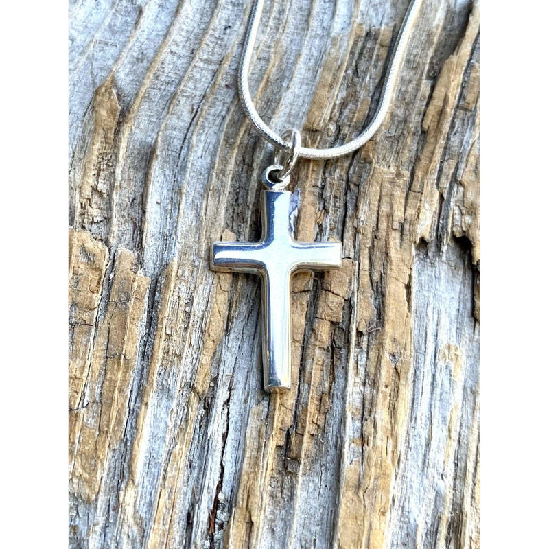 N0306 - VERSATILE Hammered Oval & Cross Necklace