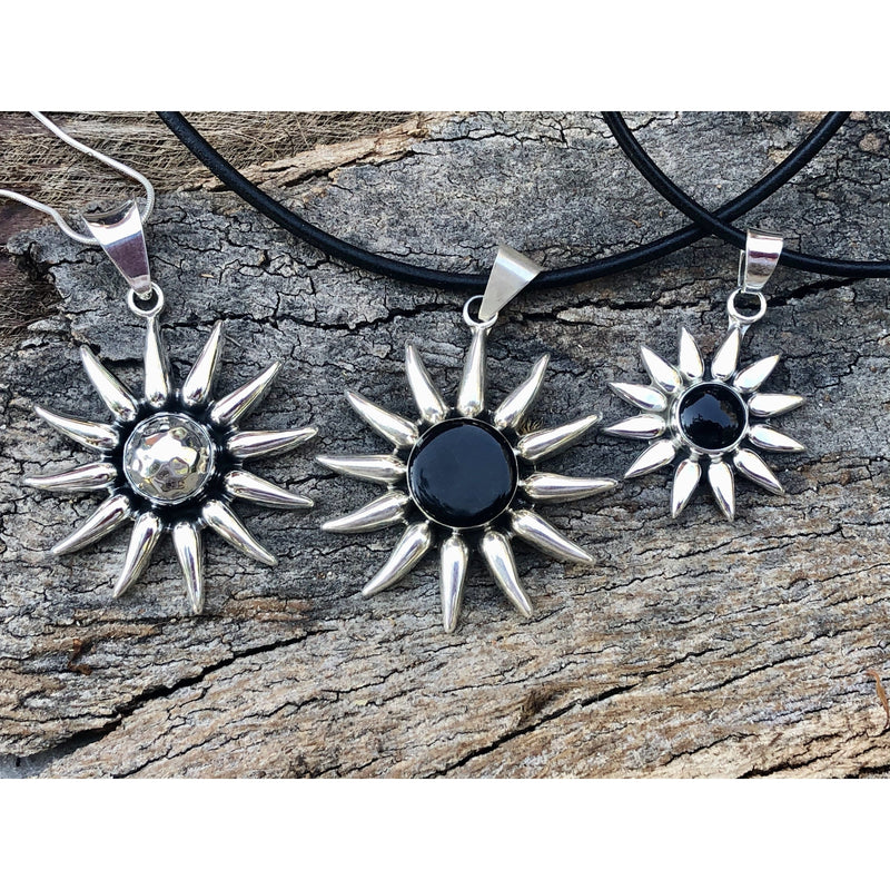 "N0256 - Onyx Sunburst 18"" Leather Necklace"
