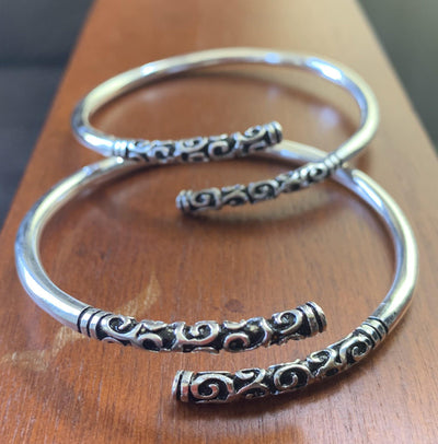 Sterling Silver Plated Bracelet/Bangle with Etched Detail - Mseljoy Accessories