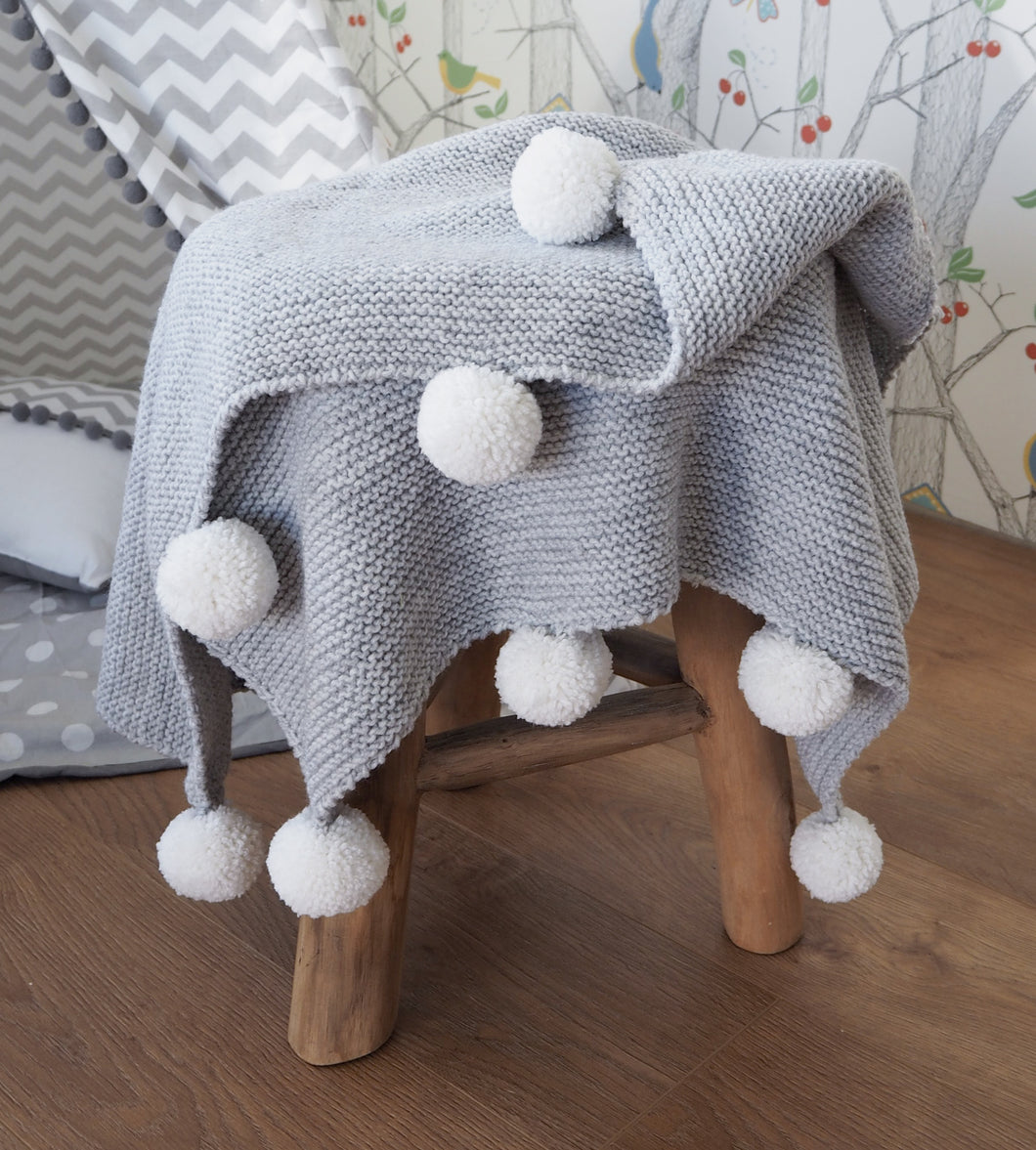 Baby knitted POM POM blanket (grey)