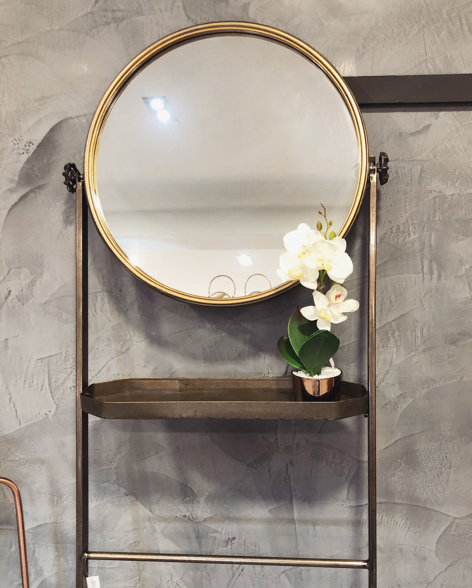 Mirror stand - Gold