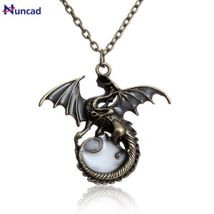 2017 New Fashion Game of Throne dragon Punk Luminous Dragon Pendants & Necklaces GLOW in the DARK Necklaces