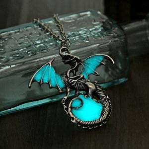 Game of Throne dragon Punk Luminous Dragon Pendants & Necklaces glow in the dark dragon amulet Sweater