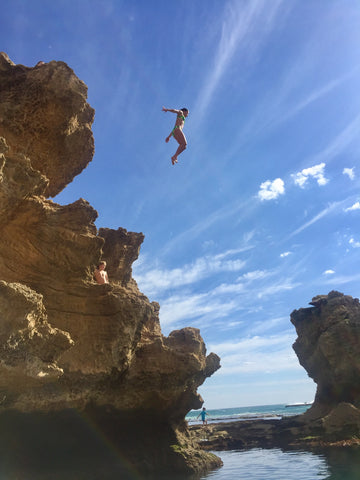 cliff jumping in cornwall