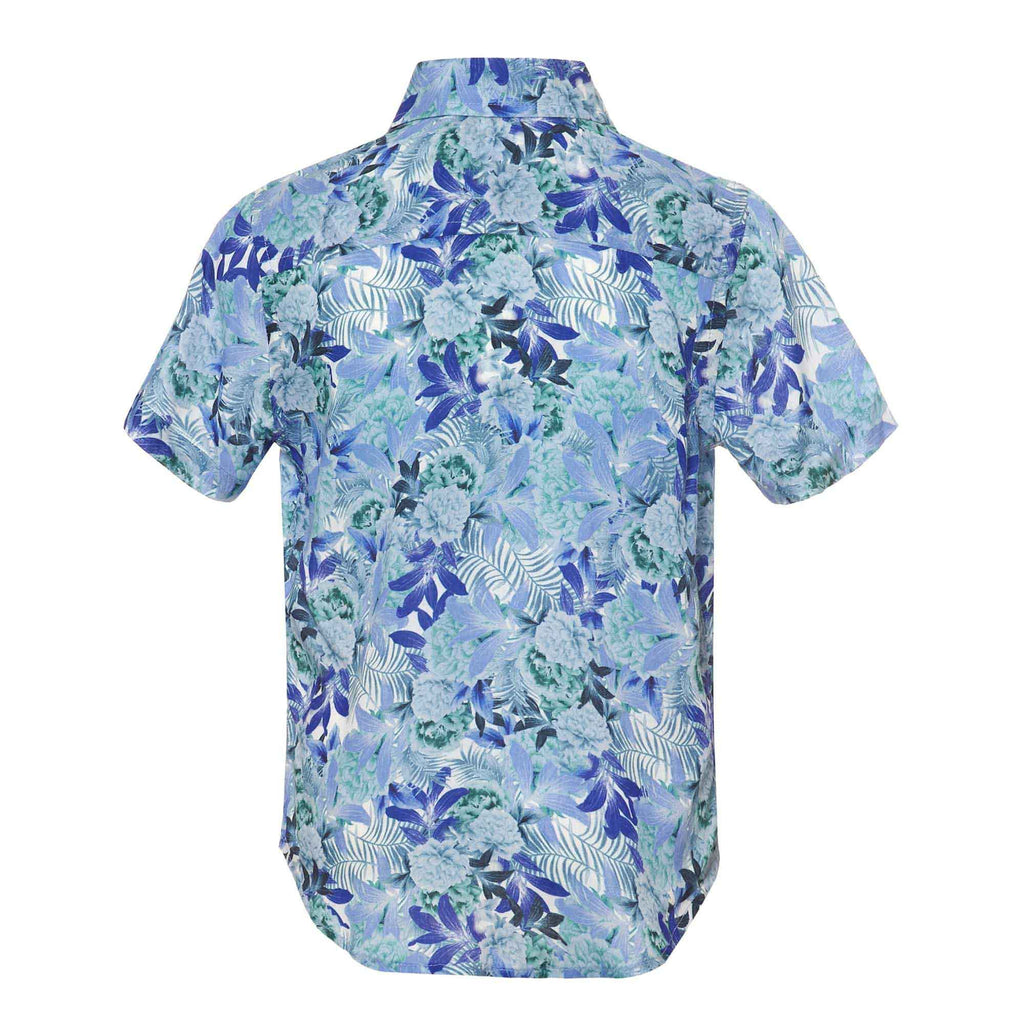 Our 'Argentina' kids shirt showcasing a contrasting floral leaf design. Style this shirt with matching 'Argentina' shorts for both kids and adults. Pair with matching Argentina Kids Swim Shorts. Match with Men's Argentina Short & Shirt set to complete the most stylish Father/Son look.