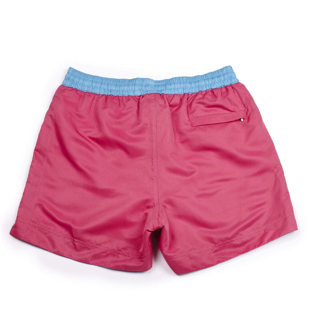 Our 'Fuchsia' shorts in a classic plain pink colour. The 'Luca' fit features our signature Thomas Royall blue waistband with a relaxed day to night fit.