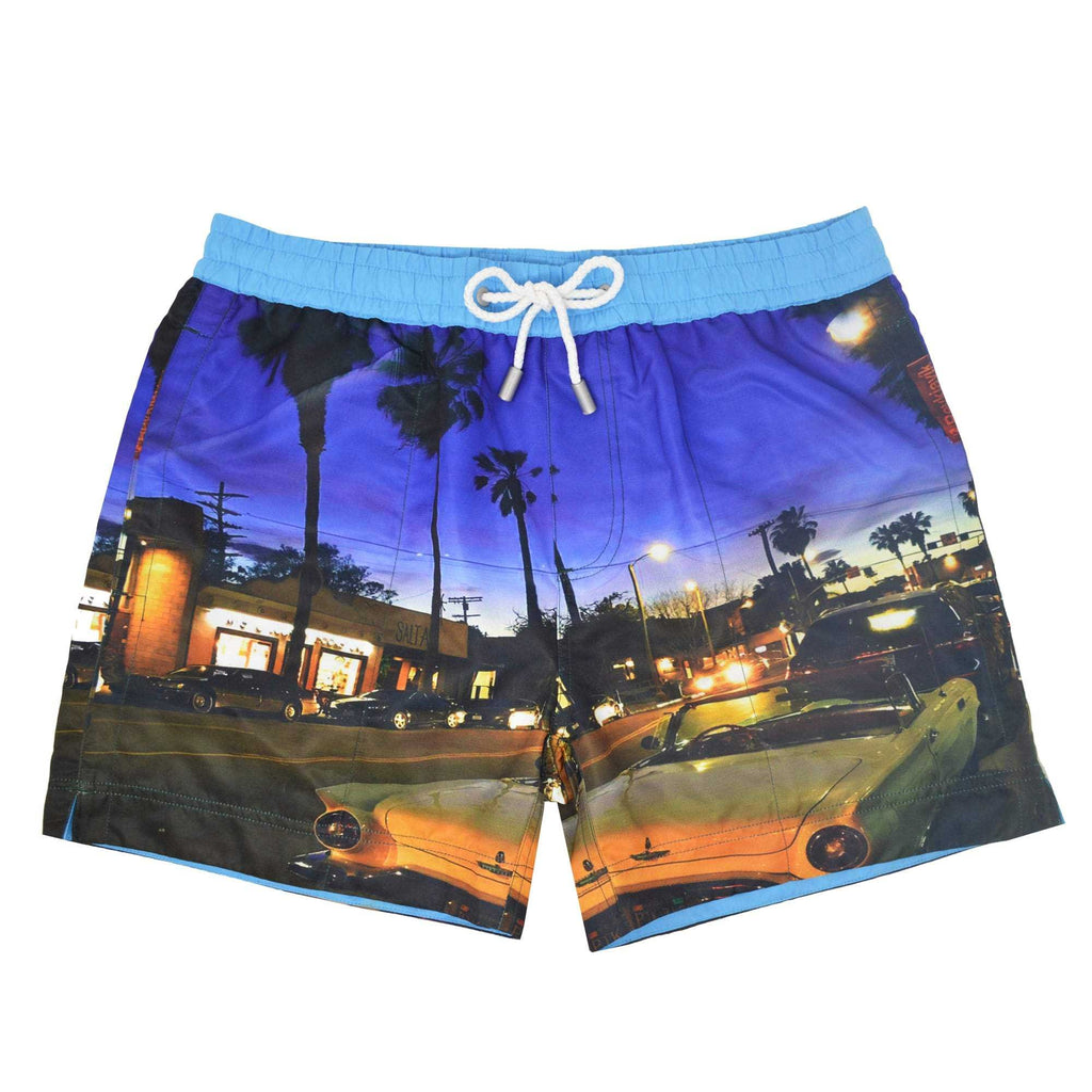 Our 'Havana' shorts showcasing a photographic vintage street design. This 'Luca' style features our signature Thomas Royall blue waistband with a relaxed day to night fit.