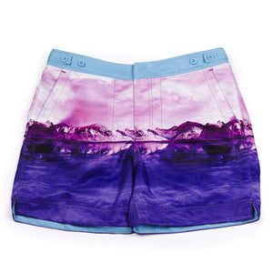 Our photographic 'Iceberg' shorts featuring a pink iceberg design. The 'George' fit features our signature Thomas Royall blue waistband with a smart tailored fit.