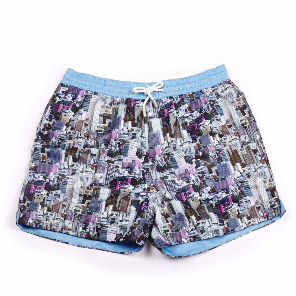 Our photographic 'Metropolitan' shorts featuring a cityscape building design. The 'Luca' fit features our signature Thomas Royall blue waistband with a relaxed day to night fit.