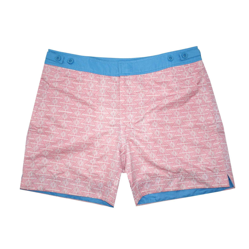 Our geometric 'Queensland' shorts in pink and white. The 'George' fit features our signature Thomas Royall blue waistband with a smart tailored fit.