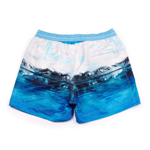 A photographic blue 'Arctic' shorts features a cool iceberg design. The 'Luca' fit features our signature Thomas Royall blue waistband with a relaxed day to night fit.