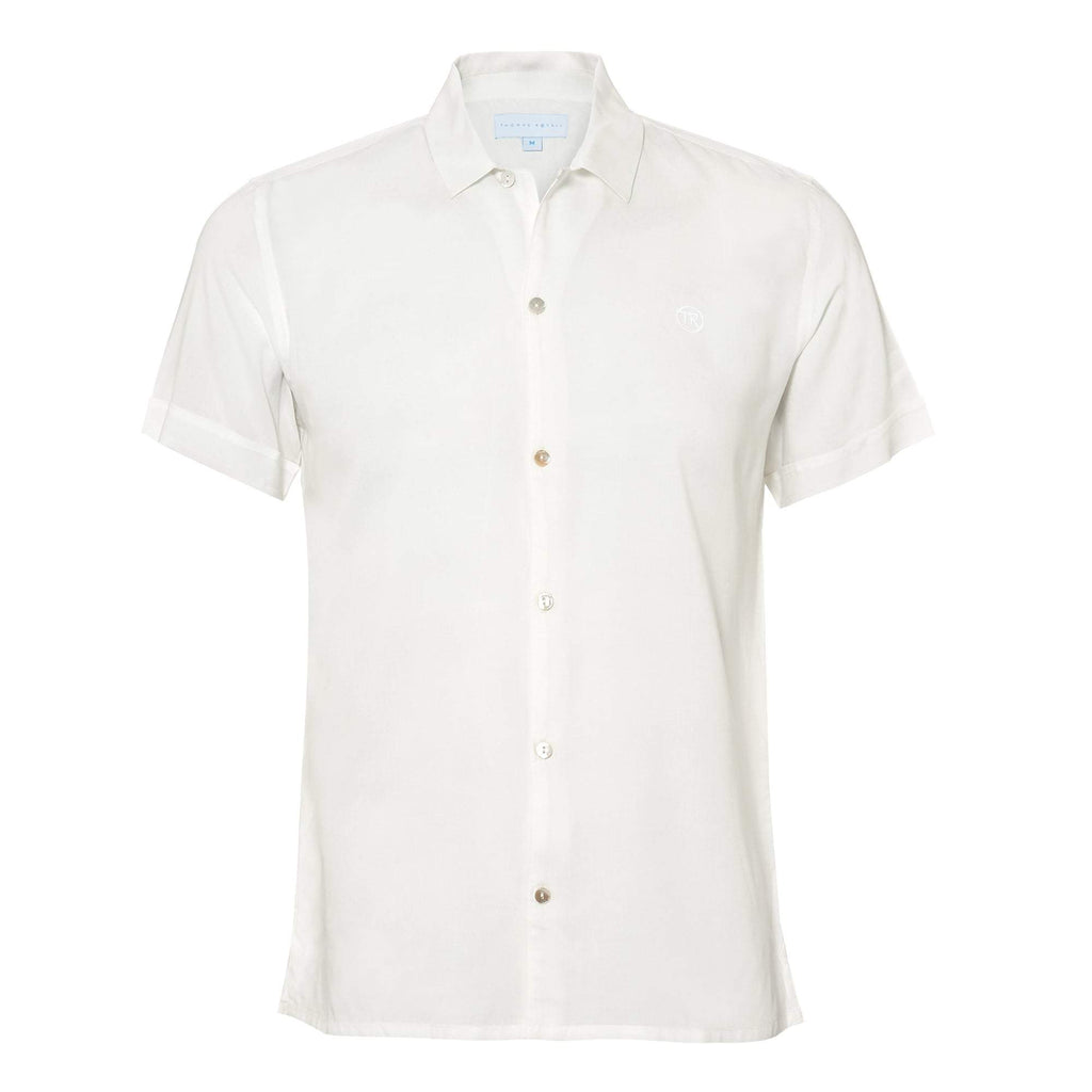 Plain' mens shirt in a smart white colour. Style this shirt with matching 'Black' shorts for both kids and adults.