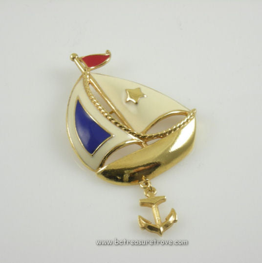 Vintage Avon Sailboat Nautical Brooch