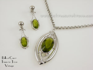 Whiting & Davis Olivine Green Silvertone Pendant Necklace & Earrings Set Vintage