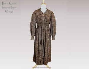 Antique Victorian Wrapper Tea Gown ca 1885