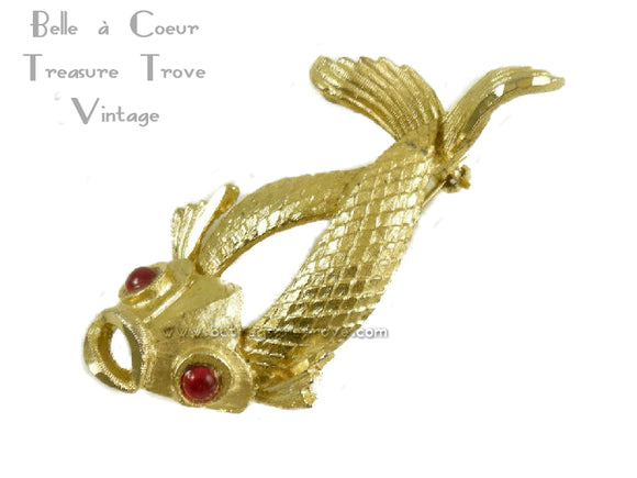 BSK Signed Vintage Fish Brooch with Red Eyes