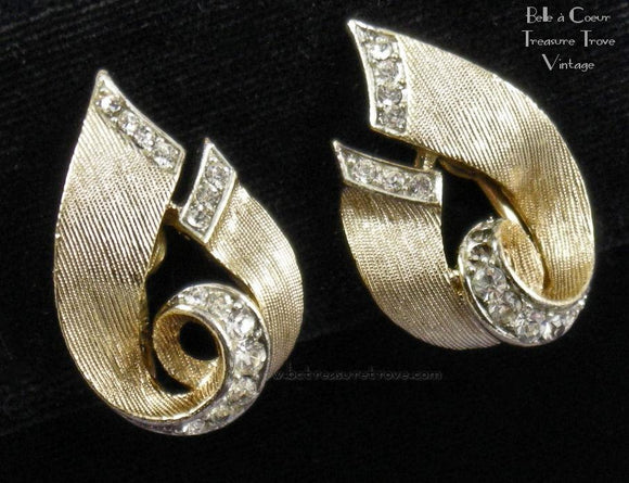 Lisner Textured Goldtone Rhinestone Screwback Earrings