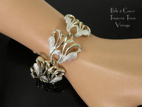 Sarah Coventry Frosted Feathers Bracelet Vintage 1960s