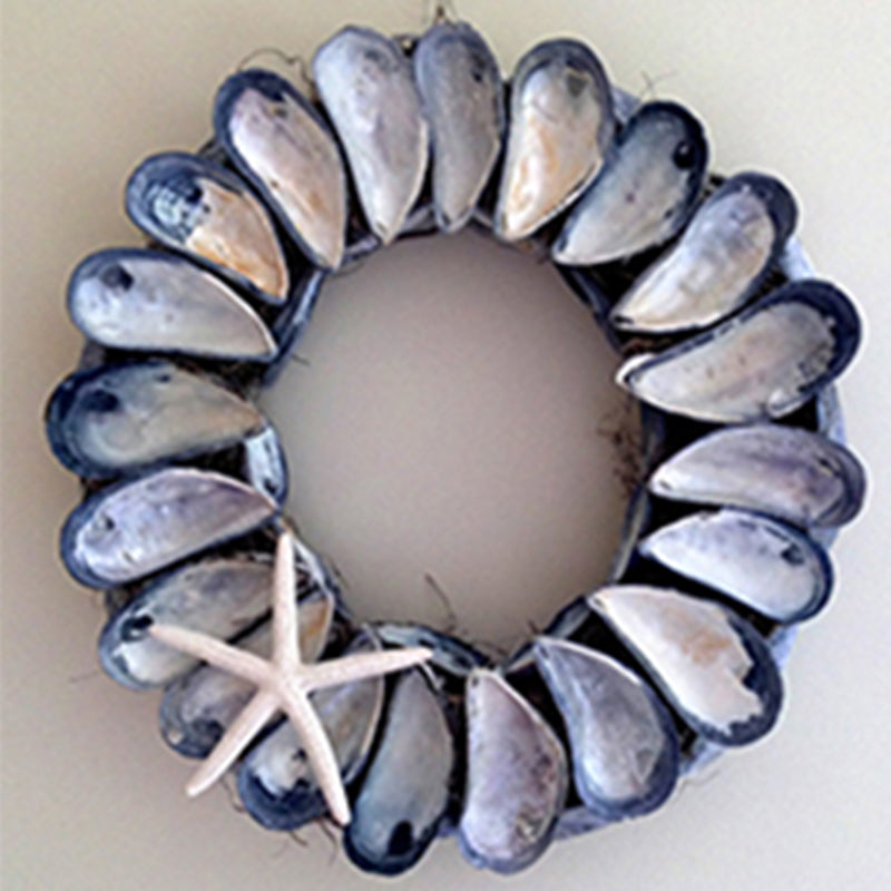Ragged Island Wreath