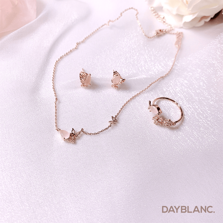 Rose Quartz Fairy (Necklace) - DAYBLANC