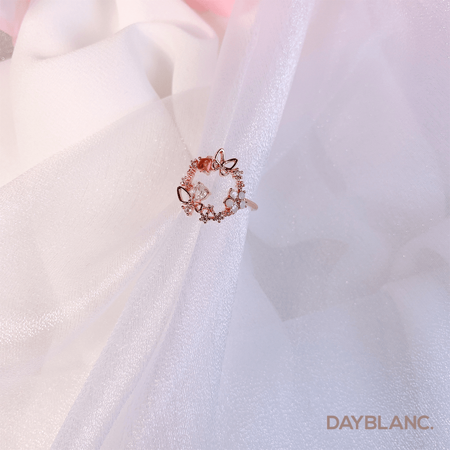 Butterfly Wreath (Ring) - DAYBLANC