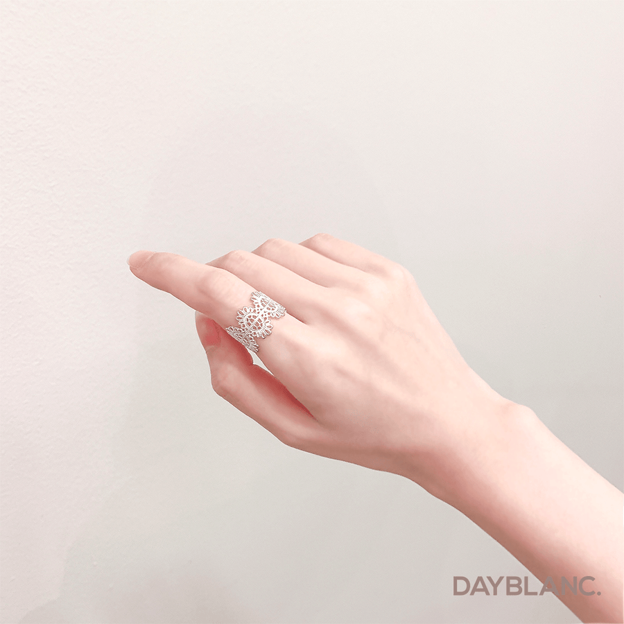 Lace Tattoo 레이스 타투 (Ring) - DAYBLANC