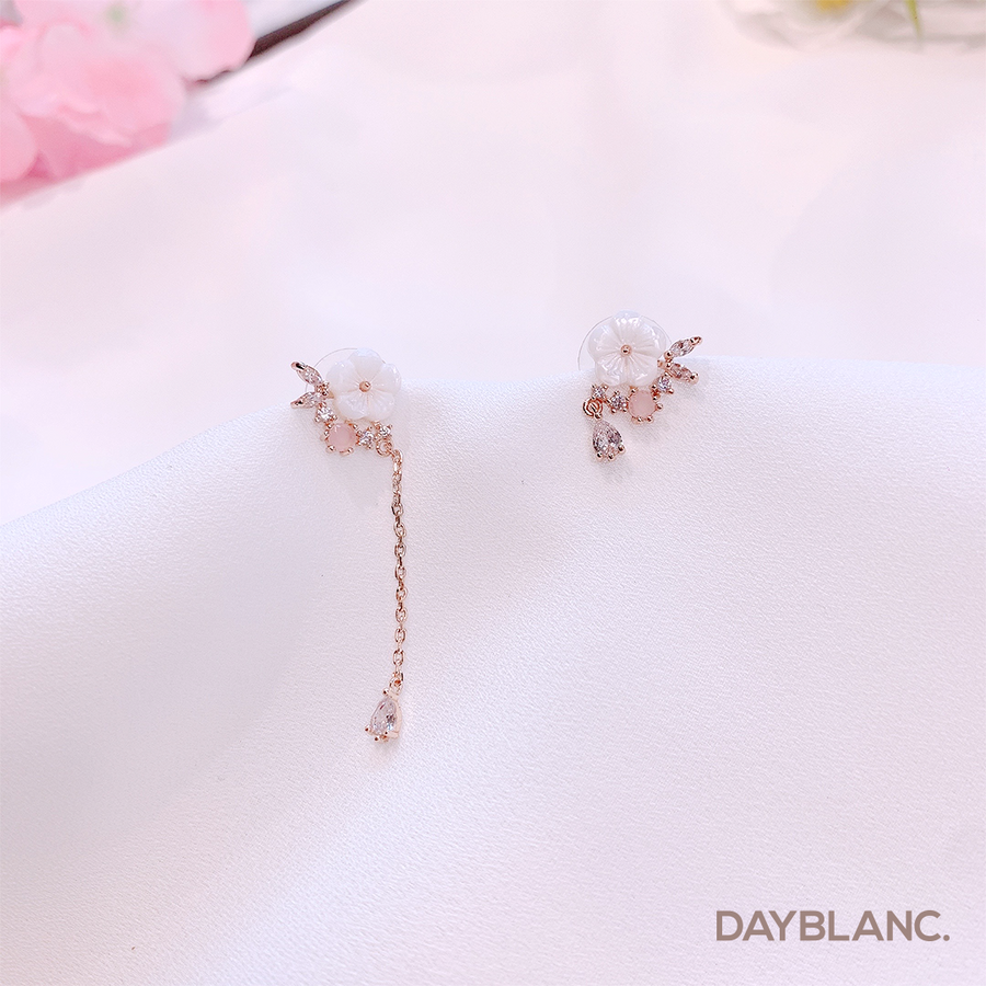 Love Fragrance (Earring) - DAYBLANC