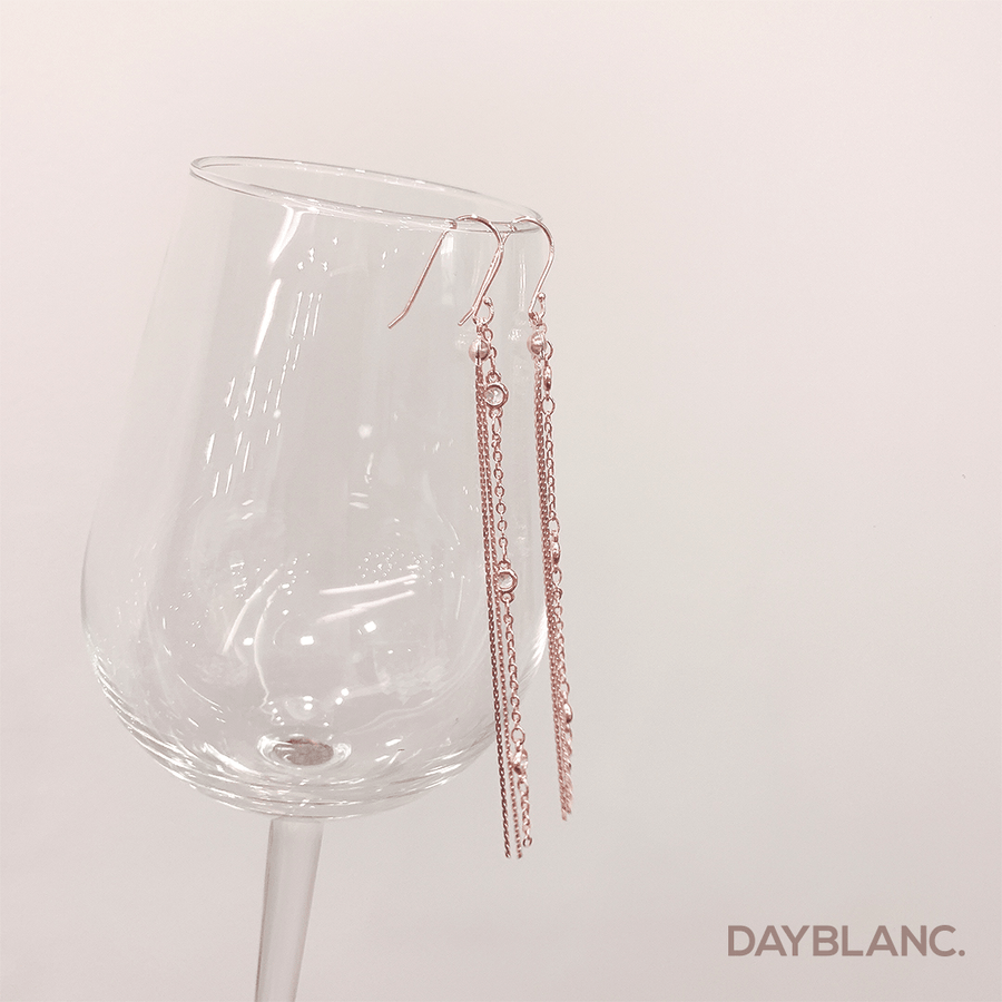 Classic Chain Drop (Premium Earring) - DAYBLANC