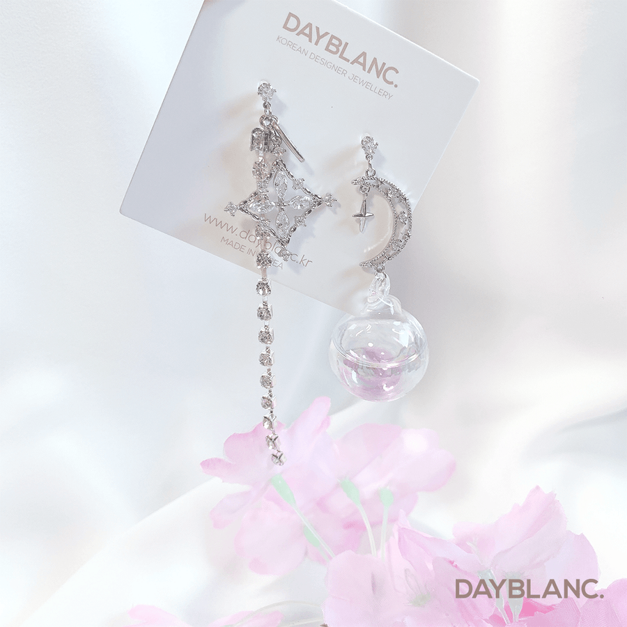 Dream of Moon 달의 꿈 (Premium Earring) - DAYBLANC