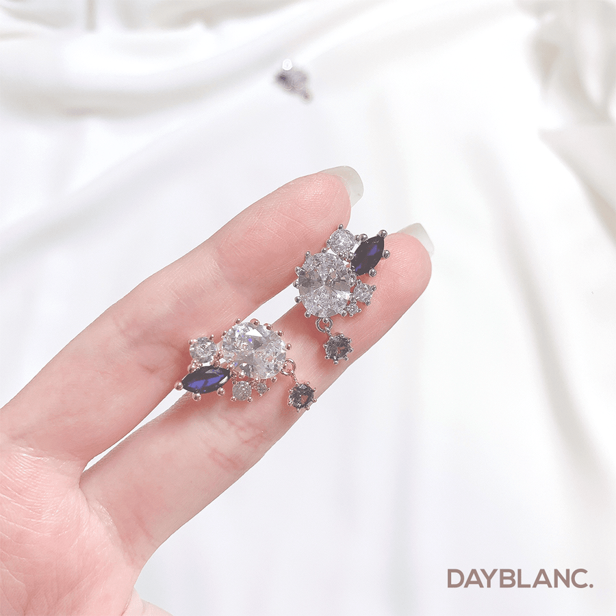 More & More (Earring) - DAYBLANC