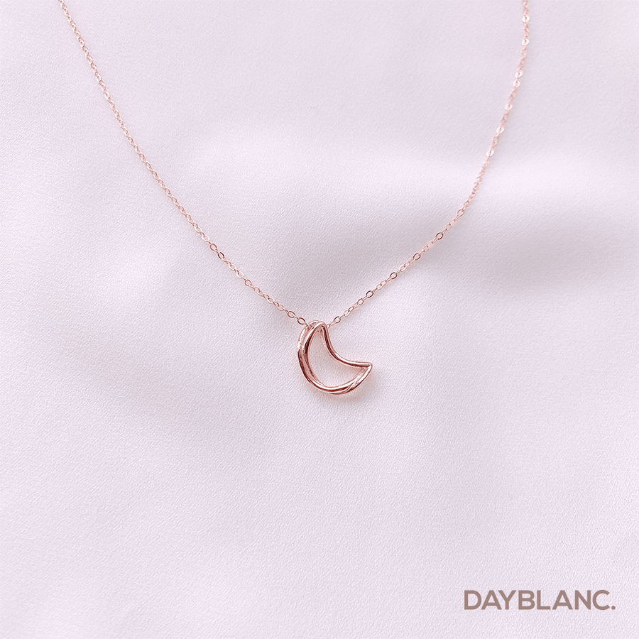 Infinite Moon (Necklace) - DAYBLANC