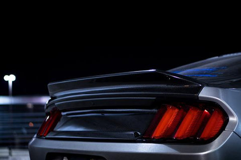 2015 - 2019 MUSTANG DOUBLE SIDED CARBON FIBER TYPE-ST DECKLID WITH INTEGRATED SPOILER