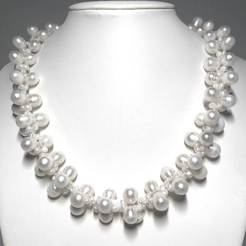 Flower Freshwater Pearl Necklace