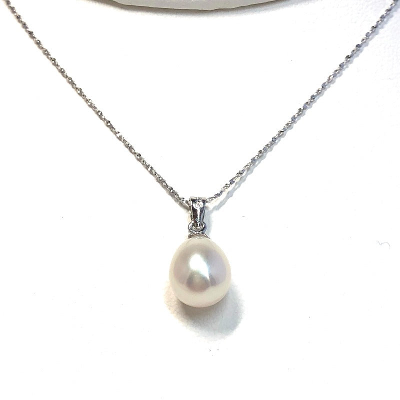 8.5mm Tear Drop Pearl Pendant on Sterling Silver Chain