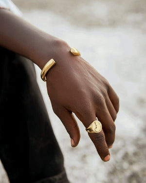 Akili brass bangle -  Handmade in Kenya
